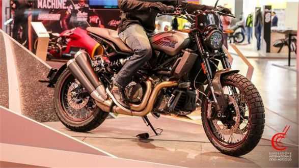 Indian FTR 1200 Rally 2020: Aire retro